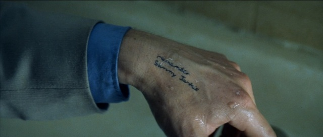 large-memento-blu-ray5